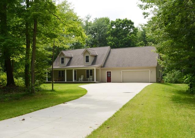 16576  Auburn Road  Auburn Township, Ohio