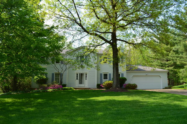 8226 Stoneybrook Drive Chagrin Falls, Ohio