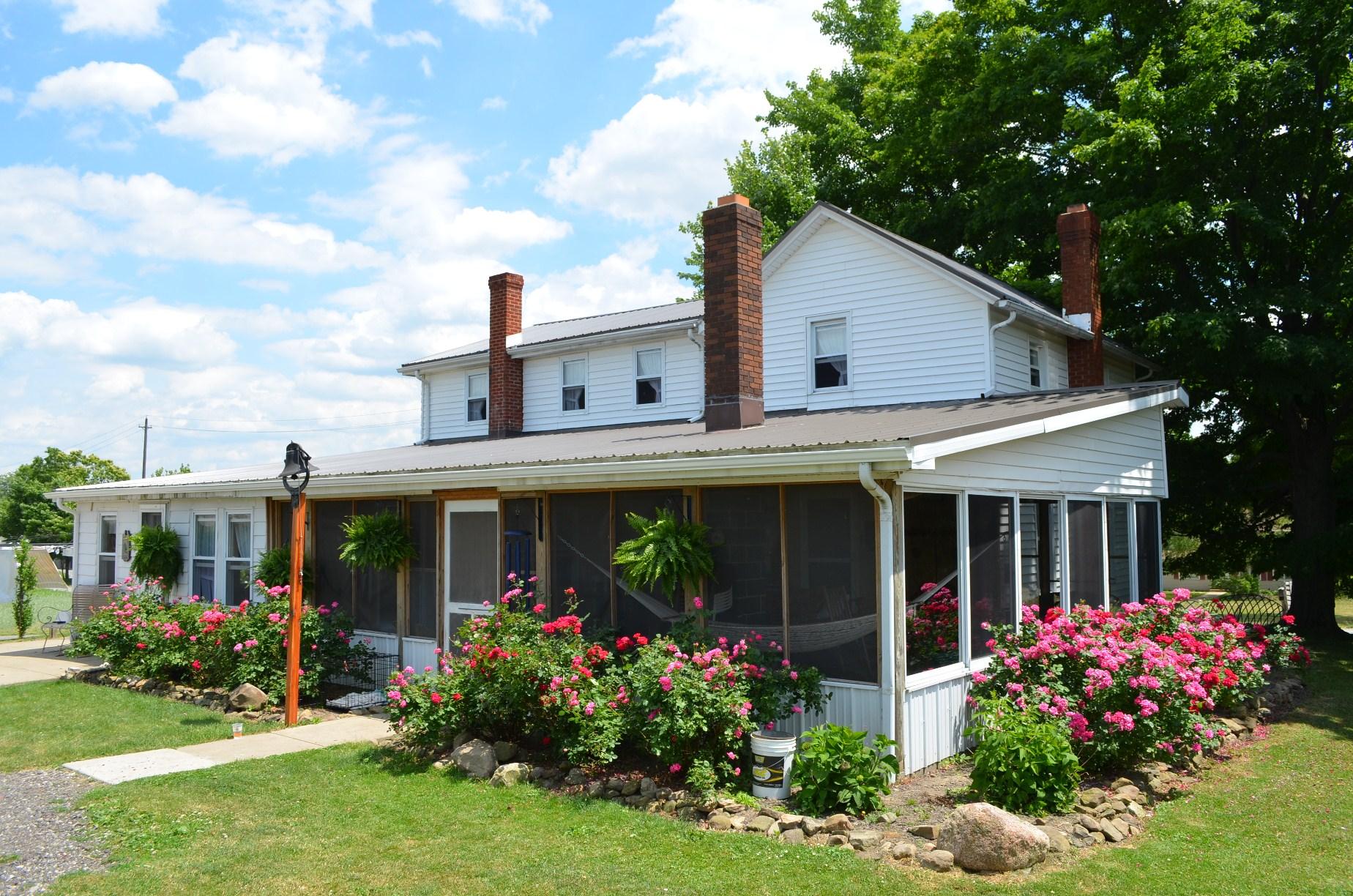 14452 Burton Windsor Burton , Ohio