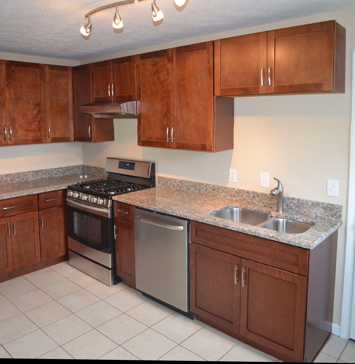 Crestwood Kitchen Cabinets: New Kitchen 3 Bedrooms Crestwood Schools