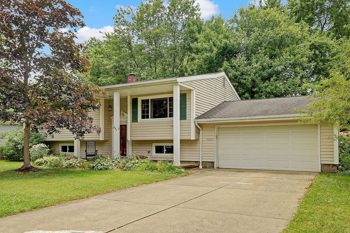 9350 Hyde Park Drive Twinsburg, Ohio